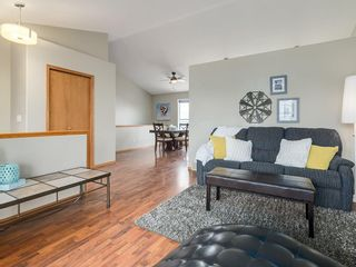 Photo 3: 20 ANDERSON Avenue N: Langdon House for sale : MLS®# C4138939