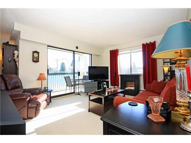 """Photo 9: Photos: 204 2425 SHAUGHNESSY Street in Port Coquitlam: Central Pt Coquitlam Condo for sale in """"SHAUGHNESSY PLACE"""" : MLS®# V1133706"""
