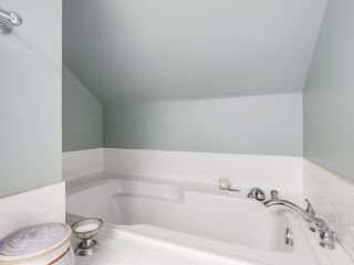 """Photo 16: 4855 COLLINGWOOD Street in Vancouver: Dunbar House for sale in """"Dunbar"""" (Vancouver West)  : MLS®# R2155905"""