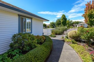 Photo 42: 711 Moralee Dr in : CV Comox (Town of) House for sale (Comox Valley)  : MLS®# 854493
