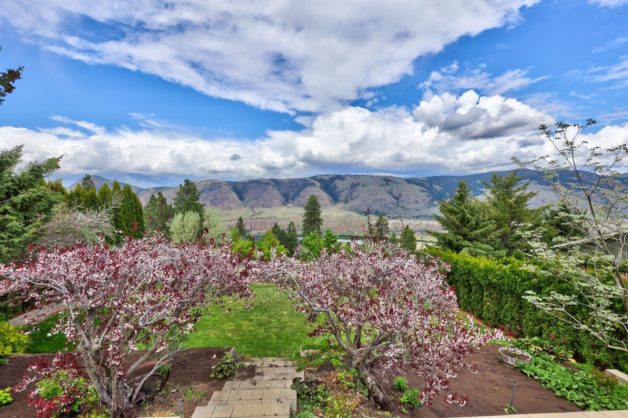Photo 22: Photos: 2816 Capilano Drive in Kamloops: Juniper Heights House for sale : MLS®# 162002