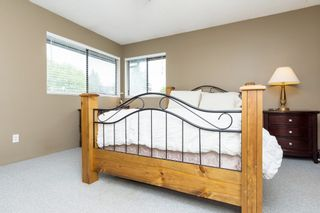 """Photo 16: 5815 170A Street in Surrey: Cloverdale BC House for sale in """"Jersey Hills West Cloverdale"""" (Cloverdale)  : MLS®# R2084016"""