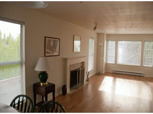 """Main Photo: 202 20350 54TH Avenue in Langley: Langley City Condo for sale in """"COVENTRY GATE"""" : MLS®# F1409886"""