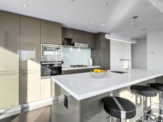 Photo 9: 4009 777 RICHARDS Street in Vancouver: Downtown VW Condo for sale (Vancouver West)  : MLS®# R2524864
