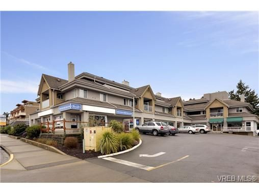 FEATURED LISTING: 303 - 7143 West Saanich Rd BRENTWOOD BAY