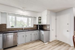 Photo 4: 435 Glamorgan Crescent SW in Calgary: Glamorgan Detached for sale : MLS®# A1145506