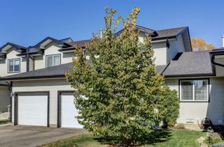 Photo 2: 17 12 Silver Creek Boulevard NW: Airdrie Row/Townhouse for sale : MLS®# A1153407
