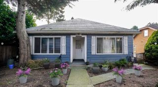 Photo 2: 1618 SIXTH Avenue in New Westminster: Uptown NW House for sale : MLS®# R2550048
