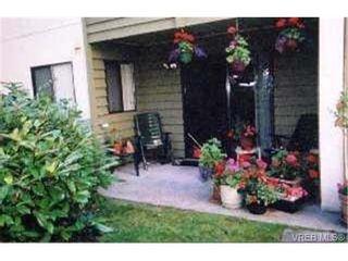 Photo 4: 109 1010 Bristol Rd in VICTORIA: SE Quadra Condo for sale (Saanich East)  : MLS®# 269144