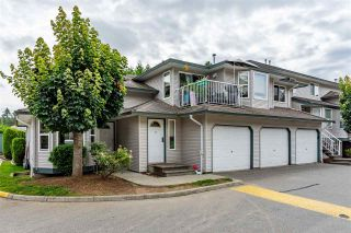 """Photo 1: 29 34332 MACLURE Road in Abbotsford: Central Abbotsford Townhouse for sale in """"Immel Ridge"""" : MLS®# R2476069"""