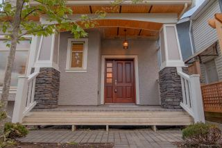 Photo 16: 1382 E 17TH Avenue in Vancouver: Knight 1/2 Duplex for sale (Vancouver East)  : MLS®# R2115245