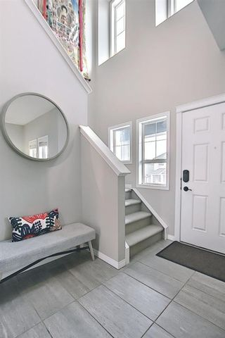 Photo 2: 50 Nolanfield Terrace NW in Calgary: Nolan Hill Detached for sale : MLS®# A1094076
