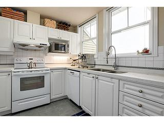 "Photo 6: 403 2588 ALDER Street in Vancouver: Fairview VW Condo for sale in ""BOLLERT PLACE"" (Vancouver West)  : MLS®# V1104076"