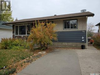 Photo 3: 50 19th ST E in Prince Albert: House for sale : MLS®# SK874088