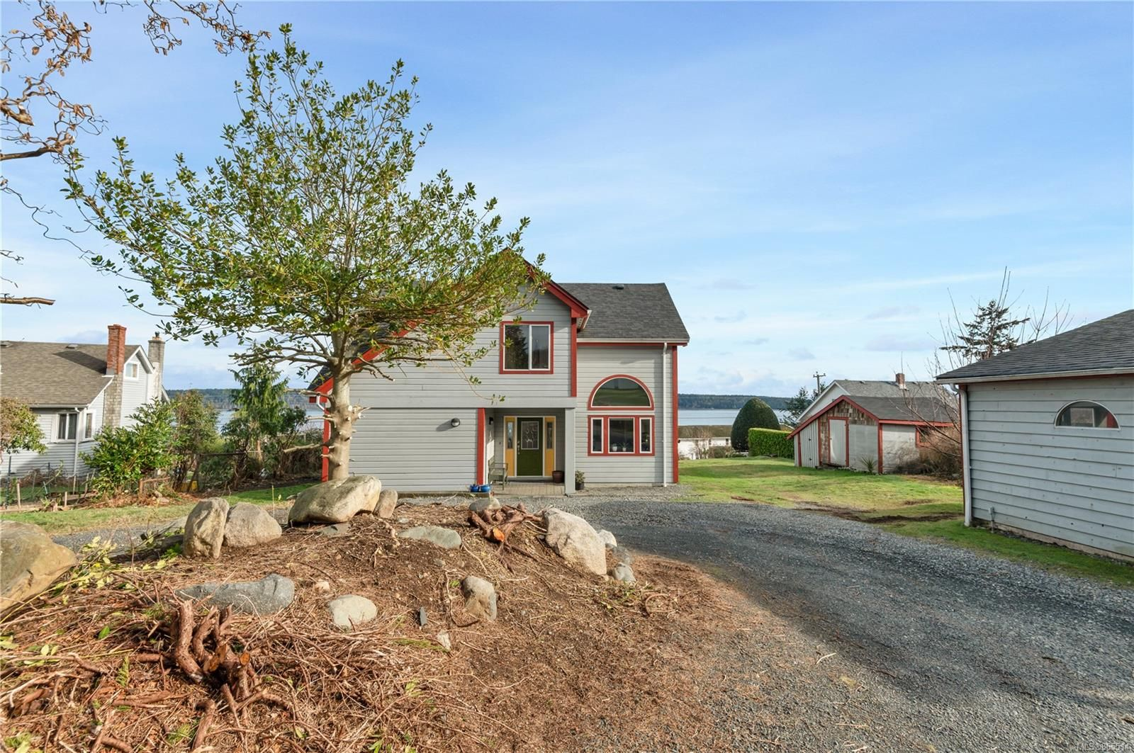 Main Photo: 342 Island Hwy in : CR Campbell River Central House for sale (Campbell River)  : MLS®# 865514