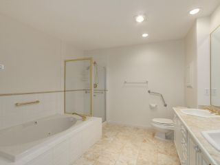 """Photo 10: 48 5531 CORNWALL Drive in Richmond: Terra Nova Townhouse for sale in """"QUILCHENA GREEN"""" : MLS®# R2118973"""
