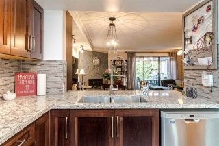 """Photo 2: 12 7549 140 Street in Surrey: East Newton Townhouse for sale in """"Glenview Estates"""" : MLS®# R2424248"""