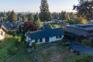 Photo 27: 965 BEAUMONT Drive in North Vancouver: Edgemont House for sale : MLS®# R2624946