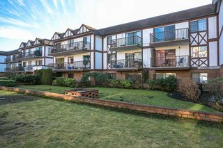 """Photo 17: 207 131 W 4TH Street in North Vancouver: Lower Lonsdale Condo for sale in """"NOTTINGHAM PLACE"""" : MLS®# R2221675"""