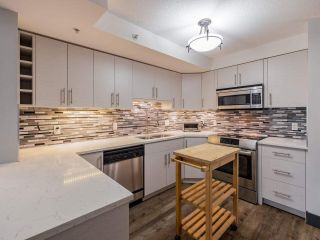 """Photo 6: 103 2741 E HASTINGS Street in Vancouver: Hastings Sunrise Condo for sale in """"The Riviera"""" (Vancouver East)  : MLS®# R2538941"""