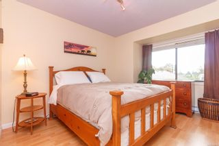 Photo 18: 11 1063 Goldstream Ave in : La Langford Proper Row/Townhouse for sale (Langford)  : MLS®# 858989