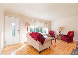 Photo 4: VICTORIA + WEST SAANICH REAL ESTATE = TILLICUM HOME For Sale SOLD With Ann Watley