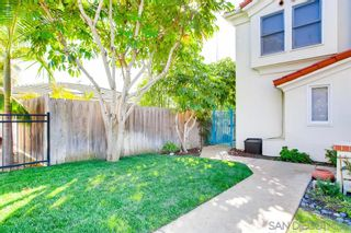Photo 5: CROWN POINT Townhouse for sale : 3 bedrooms : 3706 Haines St in San Diego