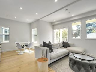 Photo 2: 116 W 14TH Avenue in Vancouver: Mount Pleasant VW Townhouse for sale (Vancouver West)  : MLS®# R2584601