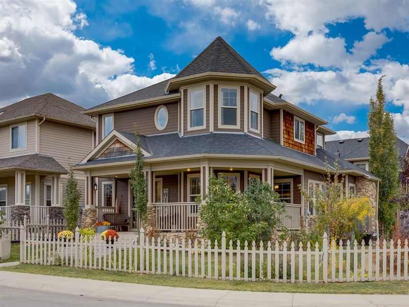FEATURED LISTING: 1120 Channelside Way Southwest Airdrie