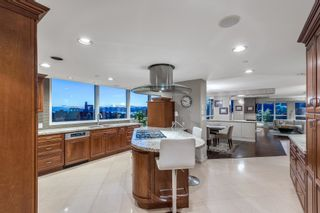 """Photo 3: 11 1350 W 14TH Avenue in Vancouver: Fairview VW Condo for sale in """"THE WATERFORD"""" (Vancouver West)  : MLS®# R2617277"""