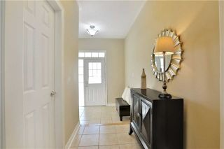 Photo 3: 1007 Sprucedale Lane in Milton: Dempsey House (2-Storey) for sale : MLS®# W3663798