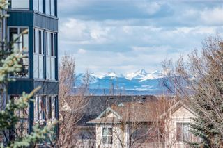 Photo 17: 218 7239 Sierra Morena Boulevard SW in Calgary: Signal Hill Apartment for sale : MLS®# A1102814