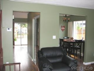 Photo 9: A 618 Kelly Rd in VICTORIA: Co Hatley Park Half Duplex for sale (Colwood)  : MLS®# 507649