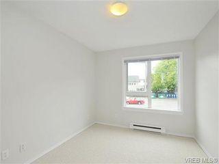 Photo 11: 303 2647 Graham St in VICTORIA: Vi Hillside Condo for sale (Victoria)  : MLS®# 698000