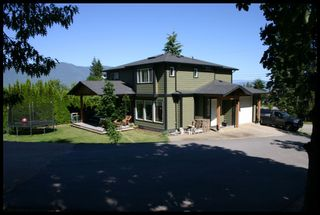 Photo 1: 2190 Southeast Auto Road in Salmon Arm: Hillcrest House for sale : MLS®# 10101264