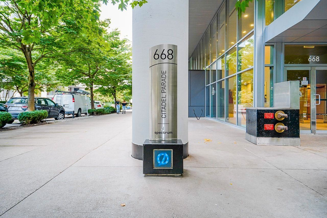 """Main Photo: 602 668 CITADEL Parade in Vancouver: Downtown VW Condo for sale in """"SPECTRUM 2"""" (Vancouver West)  : MLS®# R2619945"""