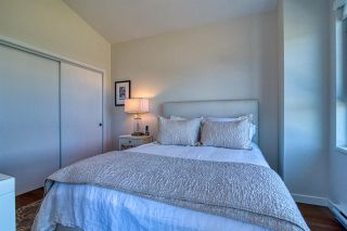 Photo 19: 5969 BEACHGATE Lane in Sechelt: Sechelt District Townhouse for sale (Sunshine Coast)  : MLS®# R2470886
