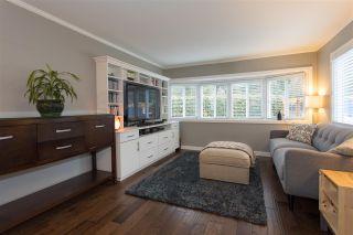 """Photo 4: 206 1830 MAMQUAM Road in Squamish: Garibaldi Estates Manufactured Home for sale in """"Timbertown"""" : MLS®# R2143638"""