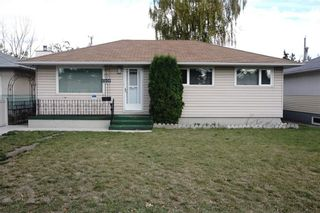 Photo 1: 2208 44 Street SE in Calgary: Forest Lawn House for sale : MLS®# C4139524