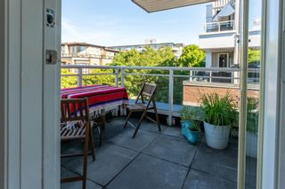 """Photo 15: 223 2768 CRANBERRY Drive in Vancouver: Kitsilano Condo for sale in """"ZYDECO"""" (Vancouver West)  : MLS®# R2595146"""