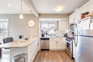 Photo 10: 206 Fifth St in : Na University District House for sale (Nanaimo)  : MLS®# 876959