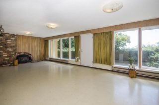 Photo 15: 231 W BALMORAL Road in North Vancouver: Upper Lonsdale House for sale : MLS®# R2190109