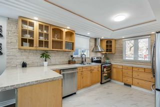 Photo 3: 45 Banner Crescent in Ajax: South West House (2-Storey) for sale : MLS®# E5146974