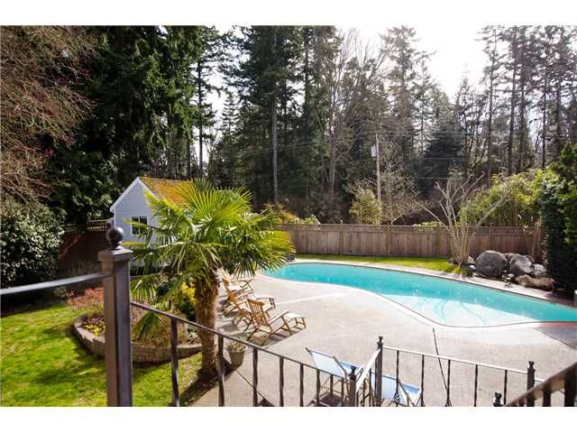 Photo 14: Photos: 5284 WALLACE Avenue in Tsawwassen: Pebble Hill House for sale : MLS®# V1052173