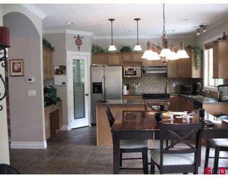 "Photo 3: 44582 MCLAREN Drive in Sardis: Vedder S Watson-Promontory House for sale in ""WEBSTER LANDING"" : MLS®# H2902054"