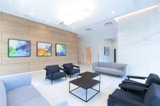 """Photo 18: 2901 5515 BOUNDARY Road in Vancouver: Collingwood VE Condo for sale in """"WALL CENTRE CENTRAL PARK"""" (Vancouver East)  : MLS®# R2293643"""