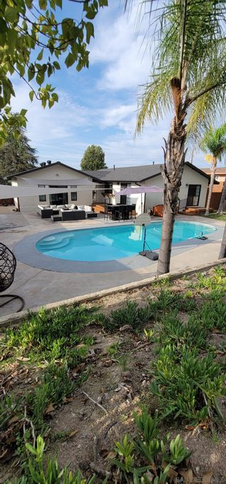 Photo 62: SPRING VALLEY House for sale : 4 bedrooms : 10067 Diversion Dr