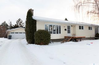 Photo 1: 285 Clark Avenue in Asquith: Residential for sale : MLS®# SK840861