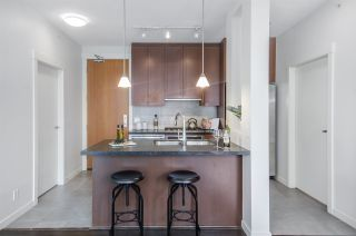 """Photo 8: 3102 1189 MELVILLE Street in Vancouver: Coal Harbour Condo for sale in """"THE MELVILLE"""" (Vancouver West)  : MLS®# R2457836"""