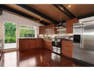 Photo 4: 3735 RIVIERE Place in North Vancouver: Home for sale : MLS®# V920091